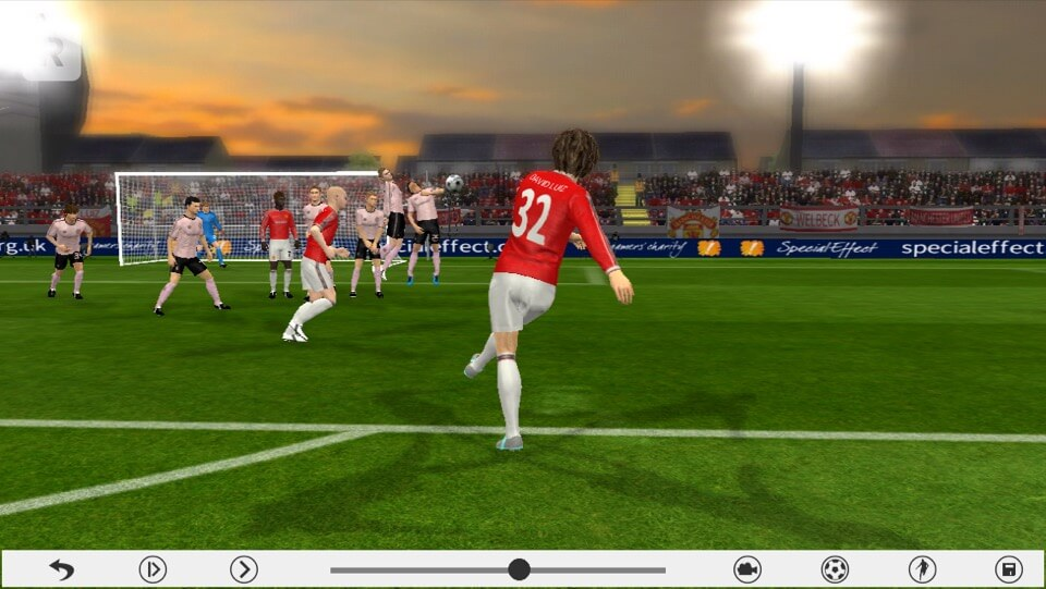 Dream League Soccer 2016 - Build Your Dream Team from